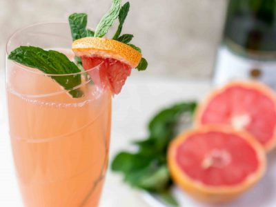 mint and grapefruit drink