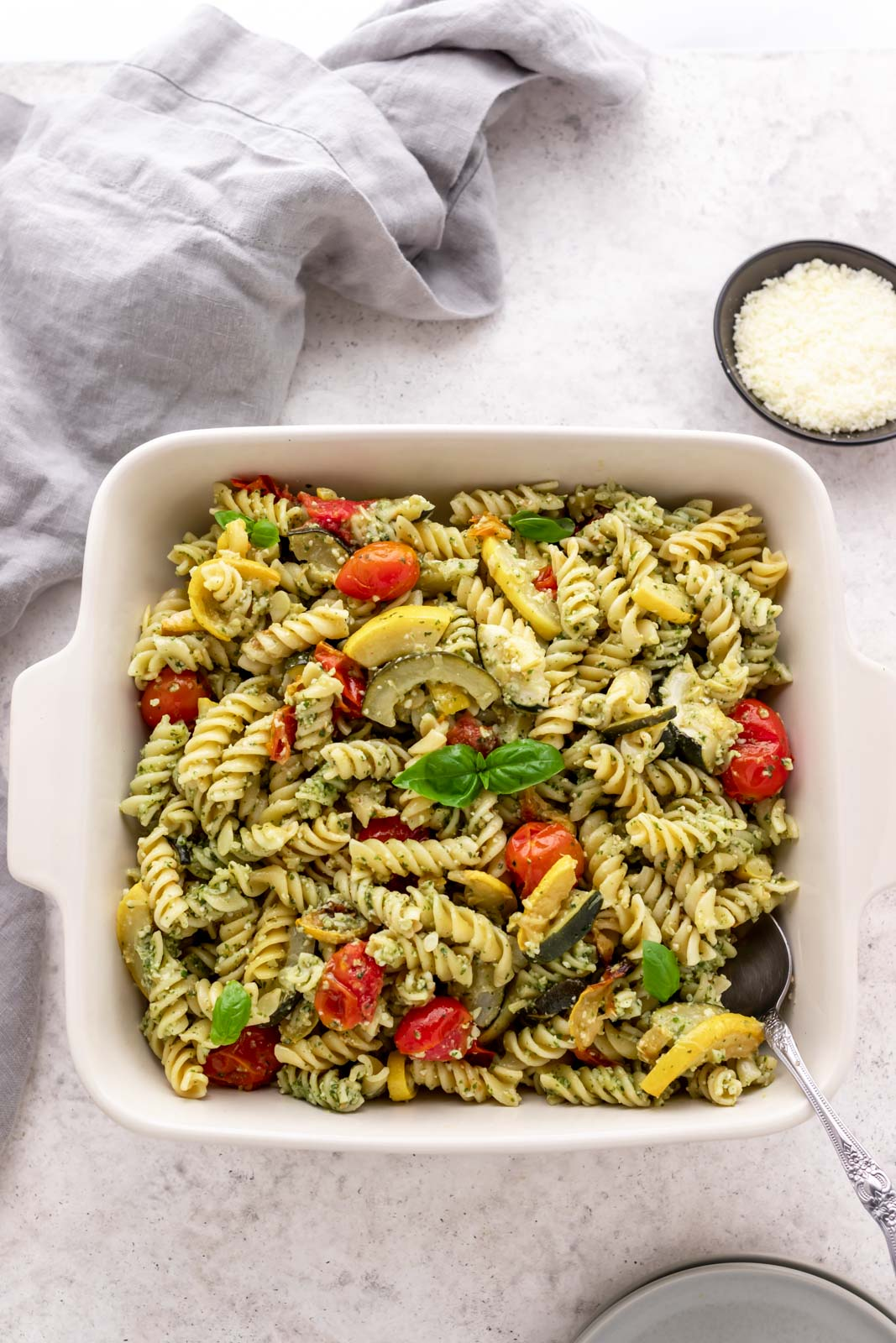 overview of rotini pasta with pesto and vegetables